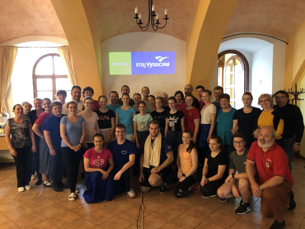 Účastníci semináře horáckých tanců 2019
